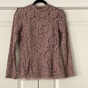 Like New!! H&M lace top!